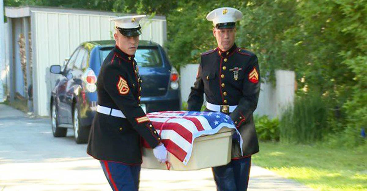 marine-war-dog-died