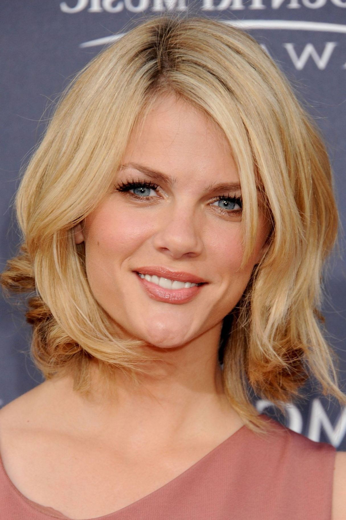 17 Perfect Medium Length Hairstyles for Thin Hair